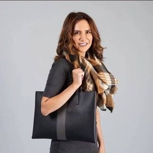 100% Genuine Vince Camuto Luck Tote
